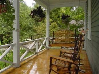 Photo of Louisa's Porch Home Stay Bed and Breakfast Asheville