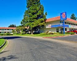 ‪Motel 6 King City‬