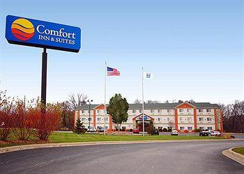 ‪Comfort Inn & Suites East Moline‬