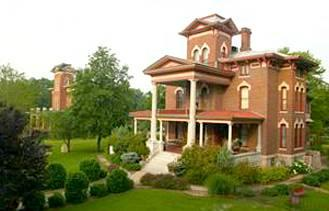 Photo of Lyons' Victorian Mansion Fort Scott