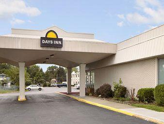 Photo of Days Inn Columbus North