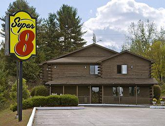 Super 8 Lake George/Warrensburg