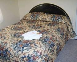 A Voyageurs Guest House Bed & Breakfast