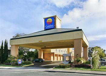 Photo of Comfort Inn &amp; Suites Oakland