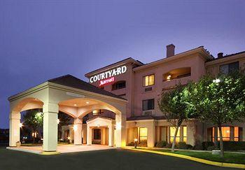 ‪Courtyard by Marriott Salinas Monterey‬