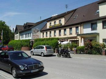 Photo of Hotel Zur Post Büchlberg