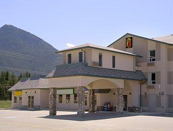 Super 8 Invermere