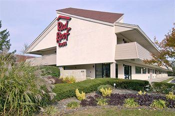 ‪Red Roof Inn Edison‬