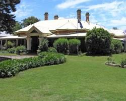 Vacy Hall Historic Guesthouse