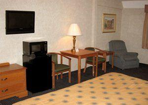 Photo of BEST WESTERN Crystal Palace Inn & Suites Bakersfield