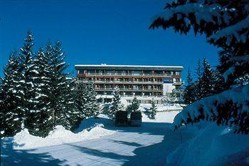 Photo of Hotel Club Le Zenith Vacanciel Courchevel