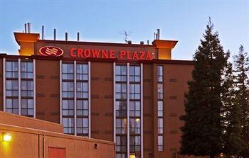Crowne Plaza Sacramento