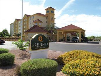 La Quinta Inn &amp; Suites Mesa Superstition Springs's Image