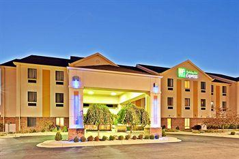 ‪Holiday Inn Express Brookville‬