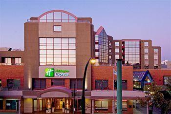 ‪Holiday Inn Express Hotel Vancouver Metrotown‬