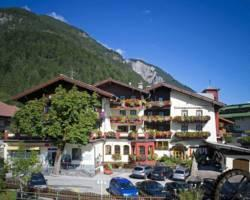 Photo of Hotel-Garni Alpenrose Pertisau