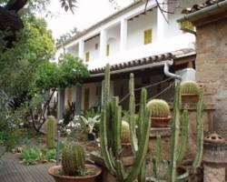Hostal Residencia Catalina Vera