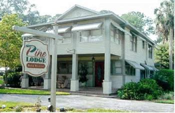 Pine Lodge Bed and Breakfast
