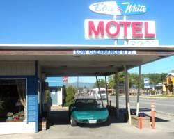Photo of Blue and White Motel Kalispell