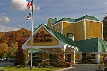 ‪Hampton Inn & Suites Pigeon Forge On The Parkway‬