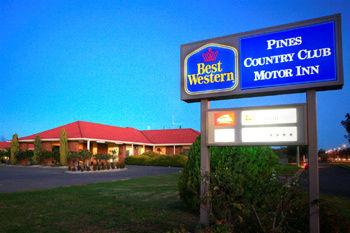 ‪BEST WESTERN Pines Country Club Motor Inn‬