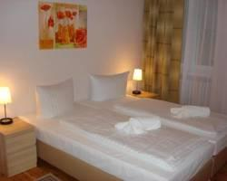 Hotel Pension Elegia