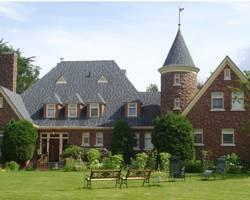 Chateau Murdock B & B