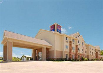 Photo of Comfort Suites at Royal Ridges Ripon