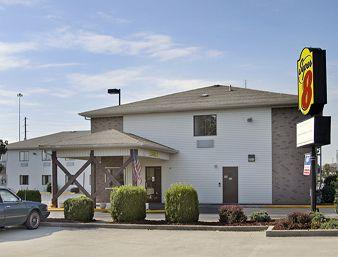 Photo of Super 8 Motel - Richmond