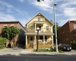 ‪Ottawa Backpackers Inn‬