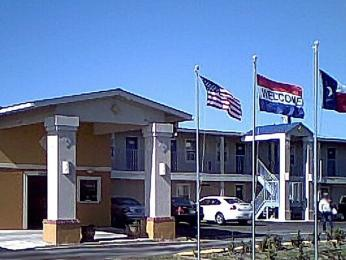 Photo of Passport Inn Suites Columbus
