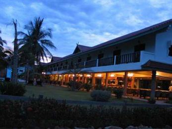 Dolphin Bay Resort