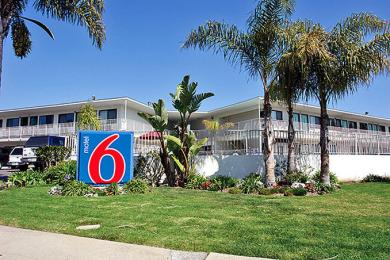 ‪Motel 6 Santa Barbara - Beach‬