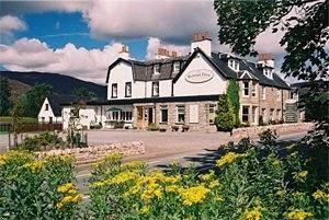 Rowan Tree Country Hotel
