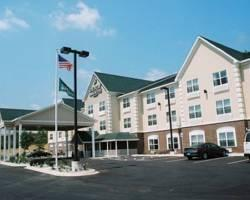 Country Inn & Suites Iron Mountain