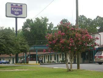 Knights Inn Emporia