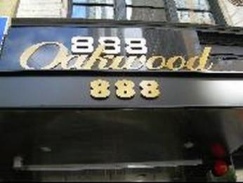 Oakwood at 6th Avenue