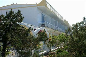 Photo of Seaside Village Rooms Agia Marina