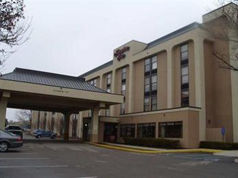‪Hampton Inn Indianapolis-East‬