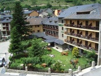 Hotel Saurat
