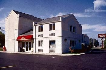 ‪OurGuest Inn & Suites Catawba Island‬