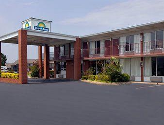 Photo of Days Inn-Jonesboro
