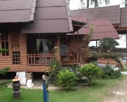 Hut Sun Bungalows
