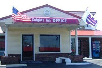 Knights Inn Cadiz