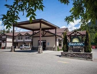 Photo of Days Inn & Suites Revelstoke