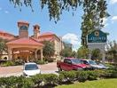 La Quinta Inn & Suites Houston Bush IAH South