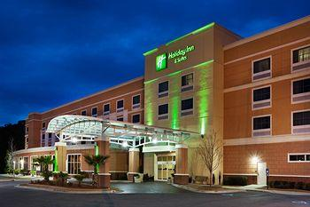 Photo of Holiday Inn Hotel & Suites Beaufort