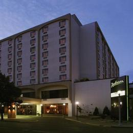 Radisson Hotel Bismarck