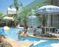 Tropical Queenslander Hotel Cairns