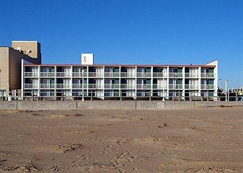 Photo of Econo Lodge on the Ocean Virginia Beach